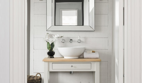 Small Bathroom? 8 Non-Essential Items to Get Rid Of