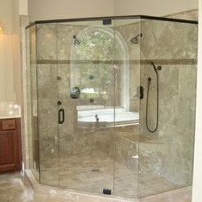 Traditional Bathroom by LP Builders Inc.