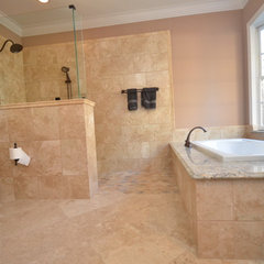 contemporary bathroom by Splash Galleries, Inc.