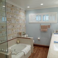 Traditional Bathroom by Stebnitz Builders