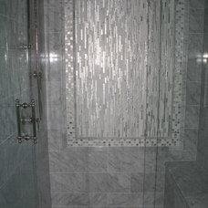 Traditional Bathroom by thomashomescj