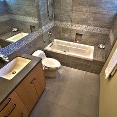 Contemporary Bathroom by Le Reve Design & Assoc.