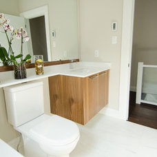 Modern Bathroom by Reside