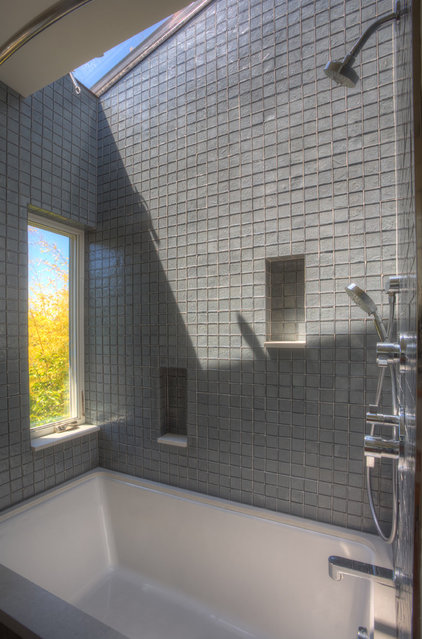 Contemporary Bathroom by Rudolph Widmann Architects