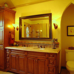 traditional bathroom by SH interiors