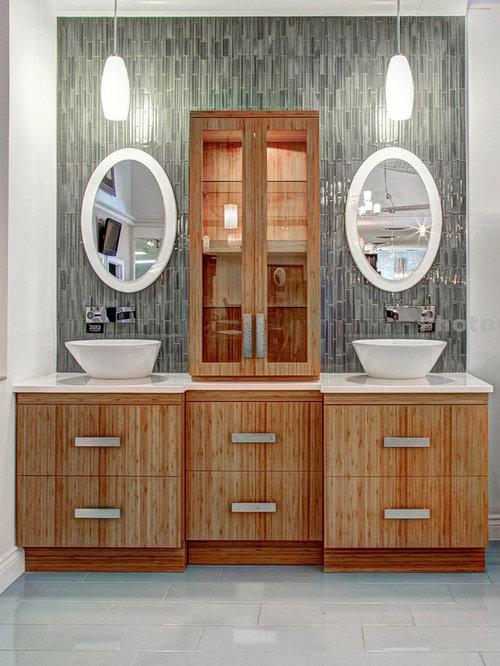 saveemail distinctive bathrooms and kitchens - Beach Style Bathroom
