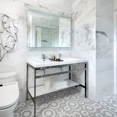 contemporary bathroom by Toronto Interior Design Group | Yanic Simard