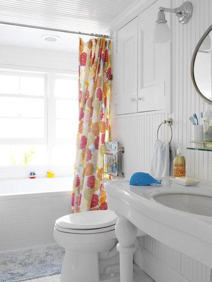 eclectic bathroom by Tara Seawright