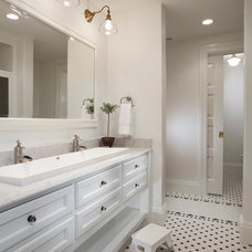 Traditional Bathroom by THINK architecture Inc.