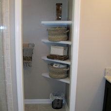 Modern Bathroom by T.R. Builder, Inc.
