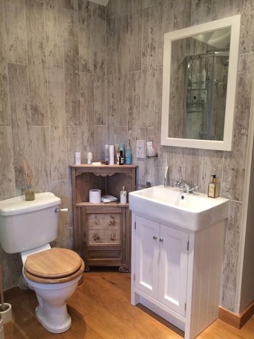 Salle de bain romantique avec un carrelage marron : Photos et ...