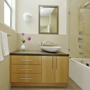 Inspiration for a contemporary bathroom remodel in San Francisco with a vessel sink