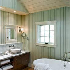 Beach Style Bathroom by Whitten Architects
