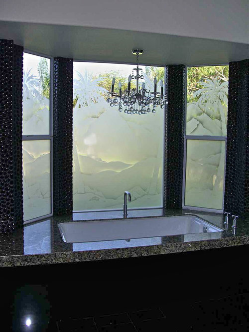 Bathroom windows frosted glass windows for Window design bathroom