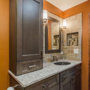 Idée de décoration pour une douche en alcôve principale asiatique de taille moyenne avec un lavabo encastré, un placard avec porte à panneau encastré, des portes de placard grises, un plan de toilette en quartz modifié, un WC séparé, un carrelage multicolore, des carreaux de porcelaine, un mur orange et un sol en carrelage de porcelaine.