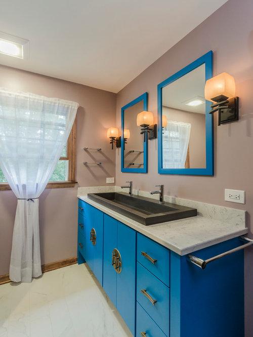 asiatische badezimmer mit blauen schr nken ideen design. Black Bedroom Furniture Sets. Home Design Ideas