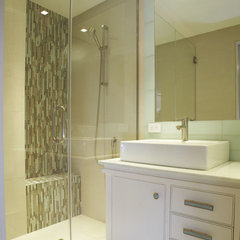 contemporary bathroom by AMMOR Architecture LLP