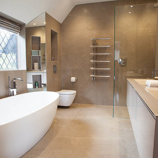 This is an ex&le of a large modern ensuite bathroom in London with an alcove shower & 75 Most Popular Modern Bathroom Design Ideas for 2018 - Stylish ...
