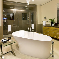 contemporary bathroom by mark pinkerton  - vi360 photography