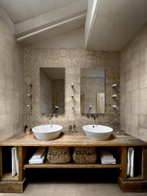 Rustic wood bathroom vanity houzz for Bathroom cabinets montreal