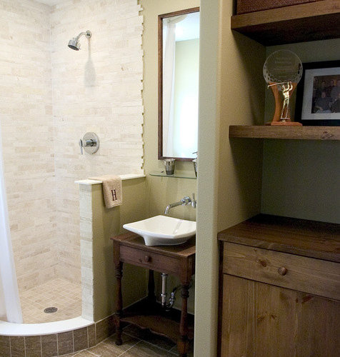 Small Corner Shower