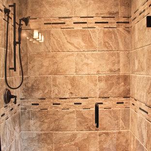 インディアナポリスのトラディショナルスタイルのおしゃれな浴室の写真