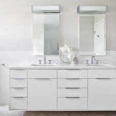 Contemporary Bathroom by Clean Design
