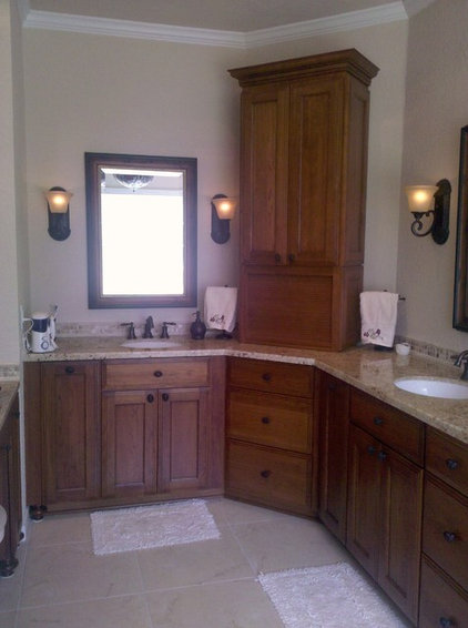 traditional bathroom by 7K Construction