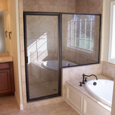 Traditional Bathroom by Design Homes & Development Co.