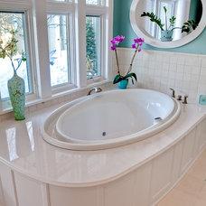Bathroom by Highmark Builders