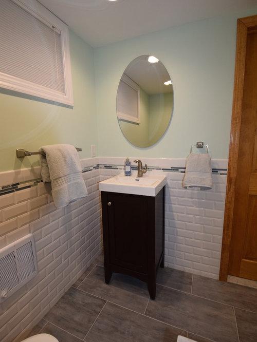 bathroom design ideas renovations photos with linoleum floors and
