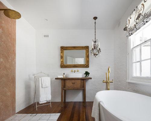 mediterrane badezimmer mit blauen schr nken design ideen. Black Bedroom Furniture Sets. Home Design Ideas