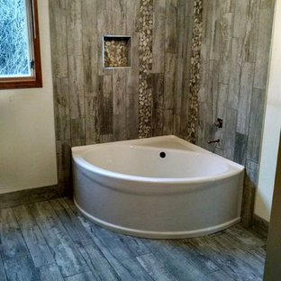 Medium Sized Rustic Ensuite Bathroom In Other With A Corner Bath Shower