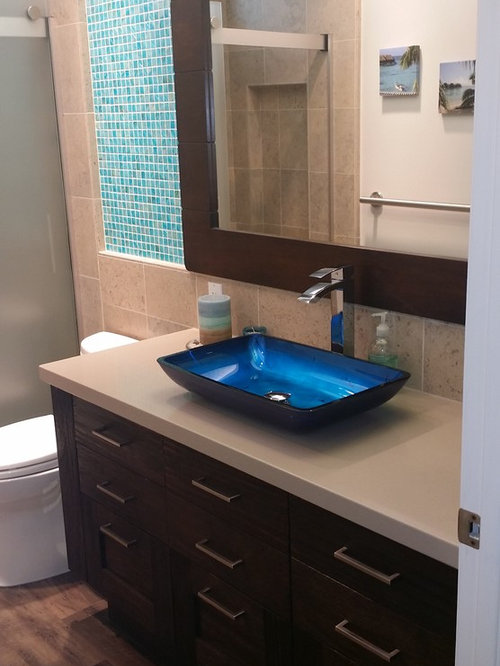 Bathroom design ideas renovations photos with for Bathroom ideas 5x10