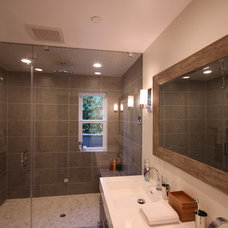 Contemporary Bathroom by L.A. Remodeling Co.