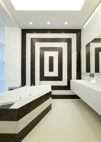 Les formes g om triques r veillent les murs de la salle de for Forme geometrique peinture mur