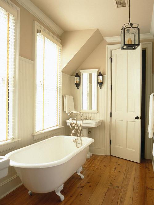 Farmhouse Bathroom Design Ideas Remodels Amp Photos With A