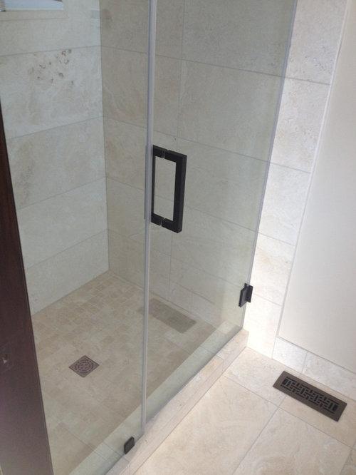 Victorian calgary bathroom design ideas remodels photos for Bathroom decor calgary