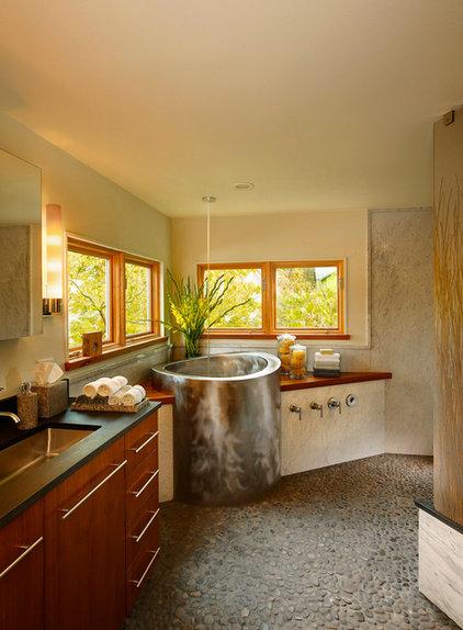 Contemporary Bathroom by Meadowlark Builders
