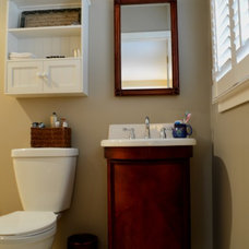 Traditional Bathroom by Minchew and Company