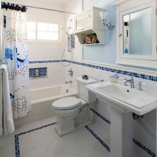 75 most popular mid-sized traditional bathroom design