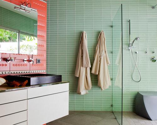 Houzz – Glass Tiles in Bathroom