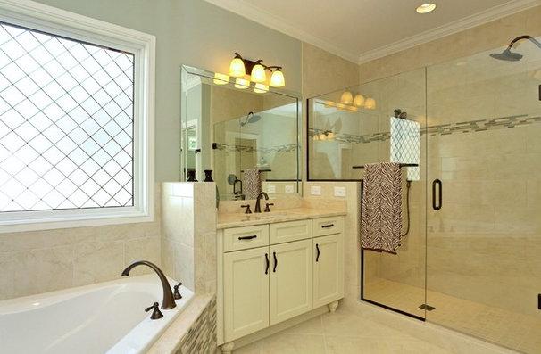 Bathroom by Raleigh Custom Homes