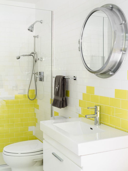 salle de bain avec un lavabo int gr et un carrelage jaune photos et id es d co de salles de bain. Black Bedroom Furniture Sets. Home Design Ideas
