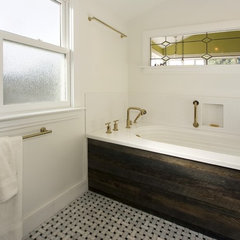 eclectic bathroom by Studio Marler