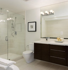 contemporary bathroom by Studio Marler