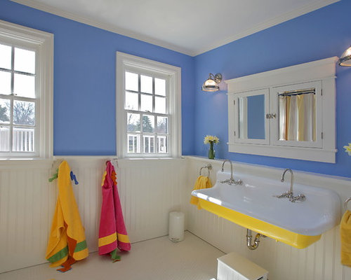 Traditional Kidsu0027 Bathroom Idea In DC Metro With A Trough Sink And Blue  Walls
