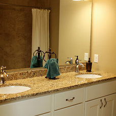 Traditional Bathroom by Thomsen Homes