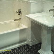 Traditional Bathroom by United Remodeling llc