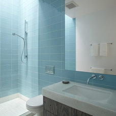 contemporary bathroom by Jacobson, Silverstein, Winslow / Degenhardt